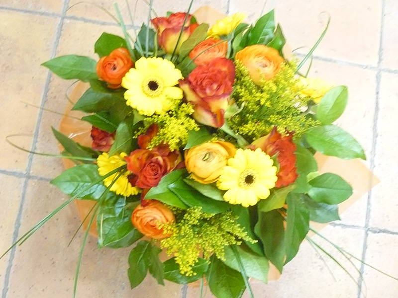 bouquet-rond-orange(pocge-d-eau-gerbera-rose-orange